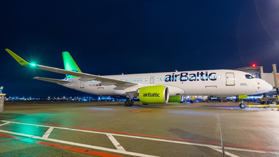 A picture of YLCSC - Airbus A220300 - Air Baltic - © Dutch