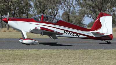 A picture of VHUGH - Van's RV7 - [72447] - © Simon Coates