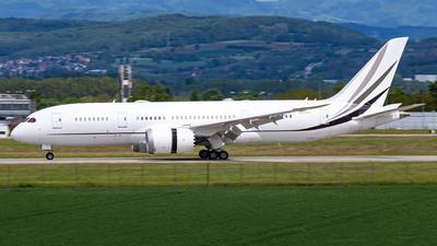 A picture of N507BJ - Boeing 7878 Dreamliner - Boeing - © Stephane GolfTraveller