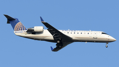 N433AW - Bombardier CRJ-200LR - United Express (Air Wisconsin)