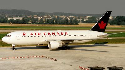 C-GDSU - Boeing 767-233(ER) - Air Canada