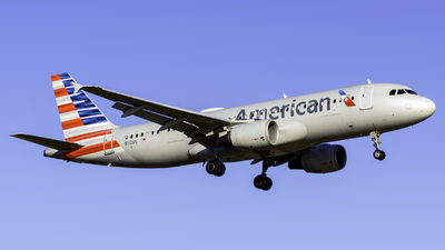 N112US - Airbus A320-214 - American Airlines