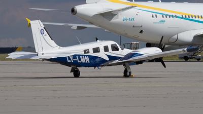 A picture of LYLMN - Piper PA34220T Seneca V - [3449409] - © Andreas Petri