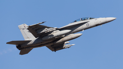 A44-211 - Boeing F/A-18F Super Hornet - Australia - Royal Australian Air Force (RAAF)