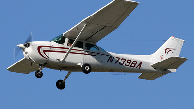A picture of N739BA - Cessna 172N Skyhawk - [17270402] - © Joe Osciak