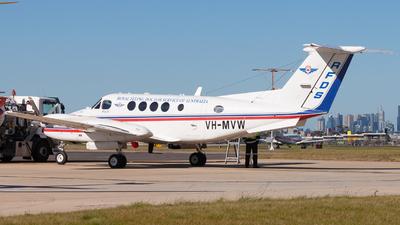 VH-MVW - Beechcraft B200 Super King Air - Ambulance Service of NSW (RFDS)