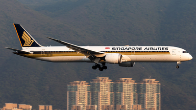 A picture of 9VSCD - Boeing 78710 Dreamliner - Singapore Airlines - © Nestor Hung