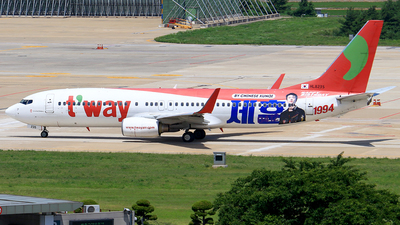 HL8235 - Boeing 737-8KG - T'Way Air