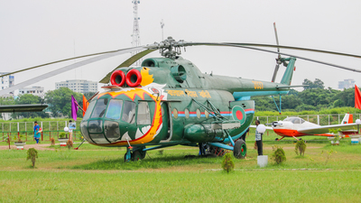 3037 - Mil Mi-8T Hip - Bangladesh - Air Force