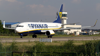 A picture of 9HQAT - Boeing 7378AS - Ryanair - © Bora Polater
