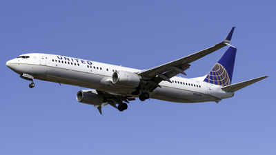 A picture of N37434 - Boeing 737924(ER) - United Airlines - © Kerrigan_Aviation_NJ