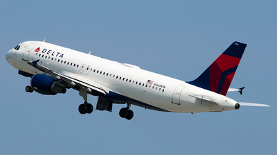 N360NW - Airbus A320-212 - Delta Air Lines