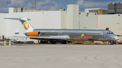 N16545 - McDonnell Douglas MD-82 - Orange Air
