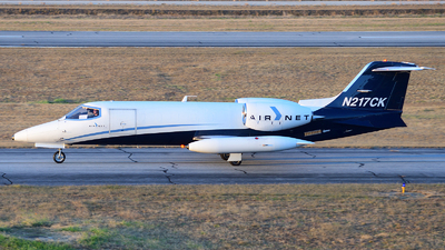 A picture of N217CK - Learjet 35A - Airnet - © Agustin Anaya