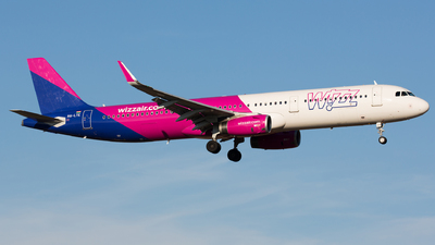 A picture of HALTE - Airbus A321231 - Wizz Air - © Thomas Ernst