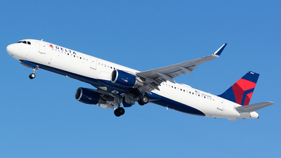 A picture of N369DN - Airbus A321211 - Delta Air Lines - © John Newsome