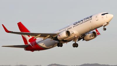 VH-VYD - Boeing 737-838 - Qantas
