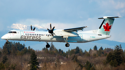 A picture of CGBJZ - De Havilland Canada Dash 8400 - Air Canada - © Derek MacPherson