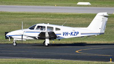 A picture of VHKZP - Piper PA44180 - [4496331] - © John Slabbert