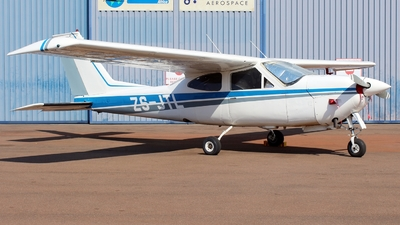 ZS-JTL - Cessna 177RG Cardinal RG II - Private