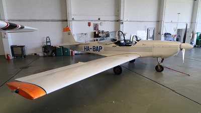 HA-BAP - Slingsby T67M-200 Firely - Private