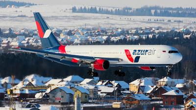 VQ-BUP - Boeing 767-33A(ER) - Azur Air