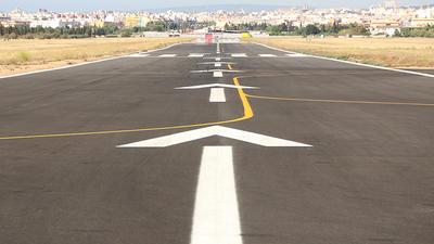 LESB - Airport - Runway