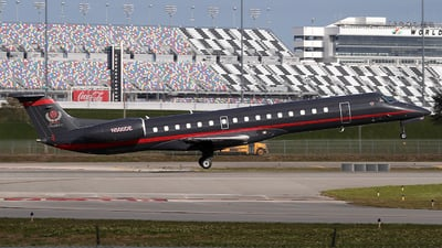 A picture of N500DE - Embraer ERJ145EP - [145084] - © Eric Page Lu