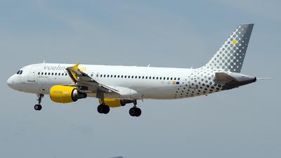 EC-JZI - Airbus A320-214 - Vueling