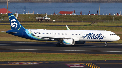 A picture of N922VA - Airbus A321253N - Alaska Airlines - © Zihaoo W & Donny H Photography