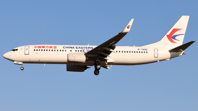 A picture of B7592 - Boeing 73789P - China Eastern Airlines - © 5947