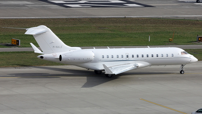 M-NALE - Bombardier BD-700-1A10 Global 6000 - Private