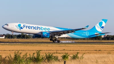 F-HPUJ - Airbus A330-323 - French Bee