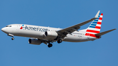 A picture of N950NN - Boeing 737823 - American Airlines - © Martin Pinnau