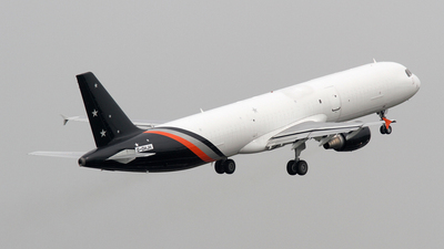 G-DHJH - Airbus A321-211P2F - Titan Airways