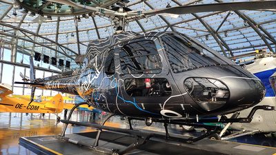 OE-XTV - Eurocopter AS 350B3 Ecureuil - The Flying Bulls