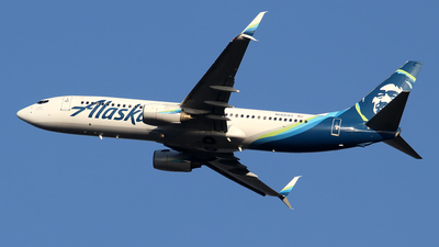 A picture of N566AS - Boeing 737890 - Alaska Airlines - © Huy Do