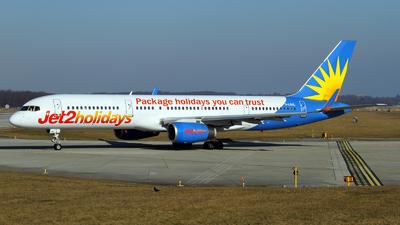 G-LSAL - Boeing 757-204 - Jet2.com