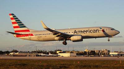 A picture of N801NN - Boeing 737823 - American Airlines - © Carlos Alberto Rubio Herrera