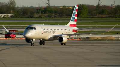 N421YX - Embraer 170-200LR - American Eagle (Republic Airways)