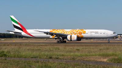 A picture of A6ECU - Boeing 77731H(ER) - Emirates - © Paul Buchröder