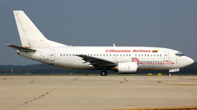 LY-AZW - Boeing 737-5Q8 - Lithuanian Airlines