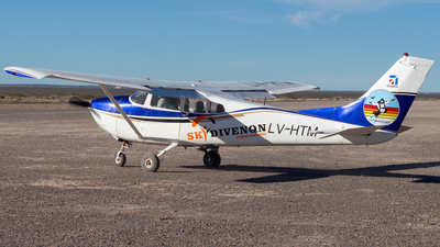 LV-HTM - Cessna 182D Skylane - Skydive Neuquen