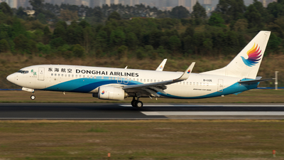 B-1105 - Boeing 737-83Z - Donghai Airlines