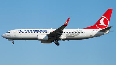 A picture of TCJGT - Boeing 7378F2 - Turkish Airlines - © Alexander Schürmann