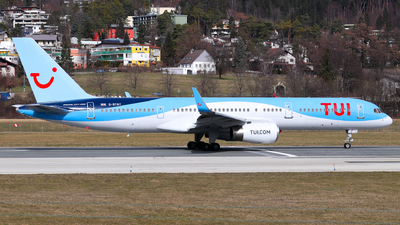 A picture of GBYAY - Boeing 757204 - TUI fly - © Lorenz Kafenda
