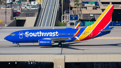 A picture of N555LV - Boeing 7377BD - Southwest Airlines - © Taxi_Way_