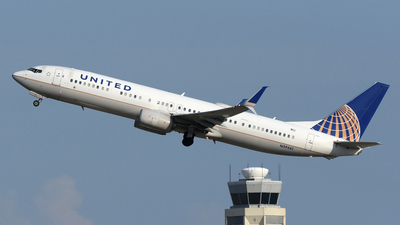 A picture of N39461 - Boeing 737924(ER) - United Airlines - © DJ Reed - OPShots Photo Team