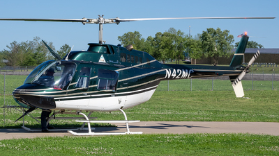 A picture of N42MC - Bell 206BIII - [4348] - © Stephen J Stein