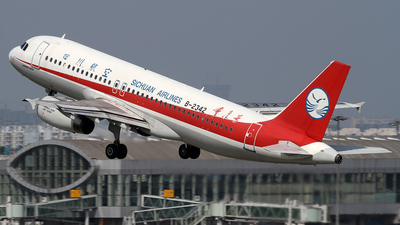 B-2342 - Airbus A320-232 - Sichuan Airlines